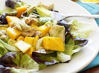 California Pollo Alla Griglia Avocado E Insalata Di Mango