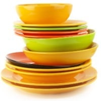 Piatti e piatti colorati