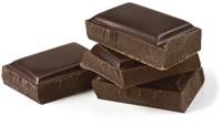 Quattro pezzi di cioccolato fondente