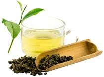 Tè Oolong in tazza di vetro