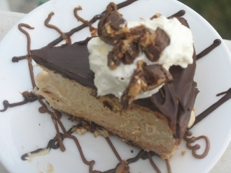 Cheesecake al cioccolato al burro di arachidi