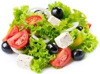 Insalata Con Formaggio Feta, Pomodori E Olive