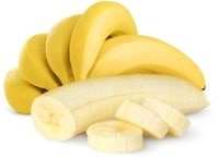 Banane intere affettate e sbucciate